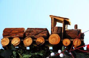 Spielzeug aus Holz. (c)_H.D.Volz_pixelio.de