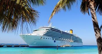 Ein Kreuzfahrtschiff in der Karibik. (c)_by_Katharina Wieland Müller_pixelio.de